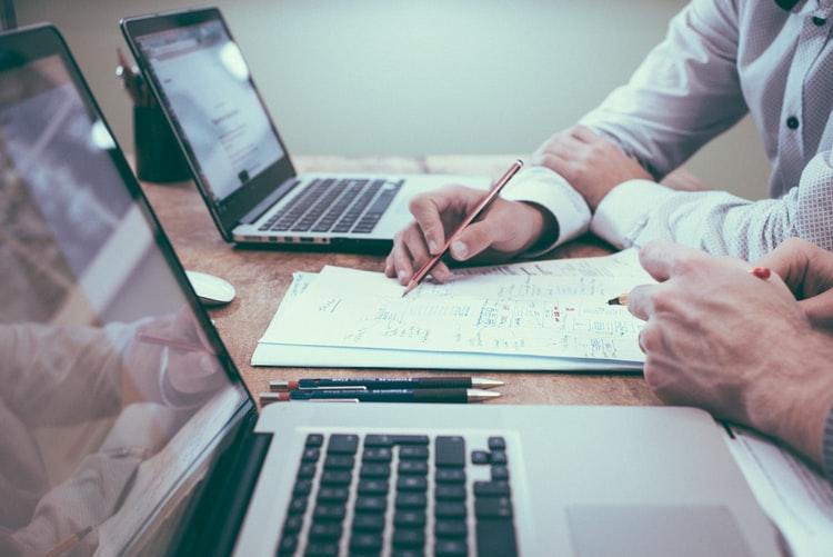 فروش نرم افزار حسابداری شرکتی 2 فروش نرم افزار حسابداری شرکتی