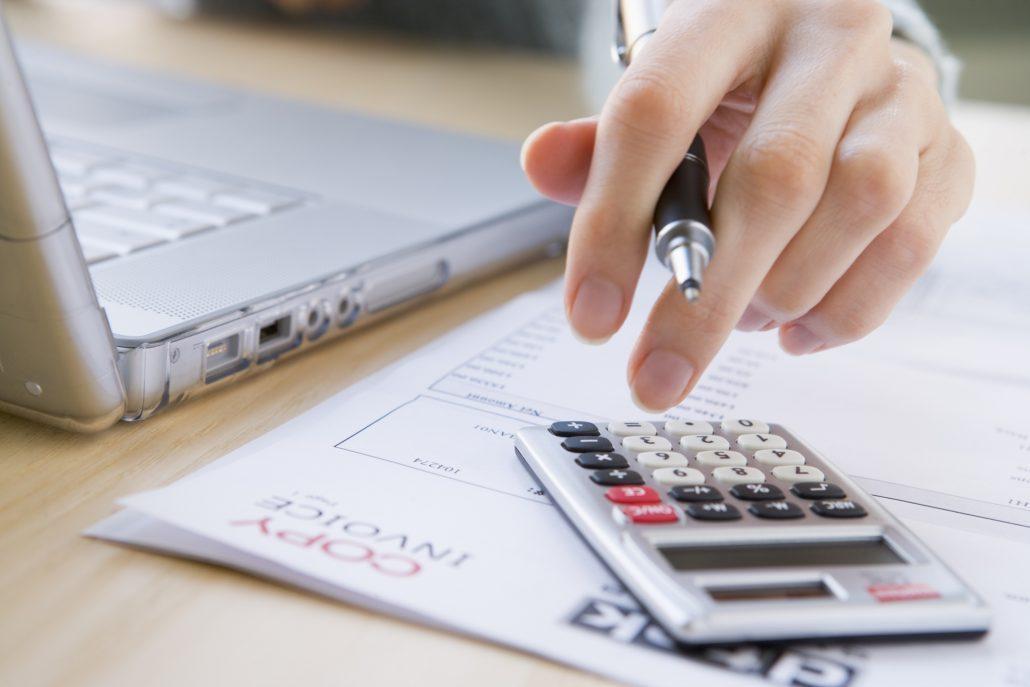 نرم افزار حسابداری برای کامپیوتر 2 نرم افزار حسابداری برای کامپیوتر